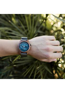 Pánske drevené hodinky s textilným remienkom v čierno-bielej farbe