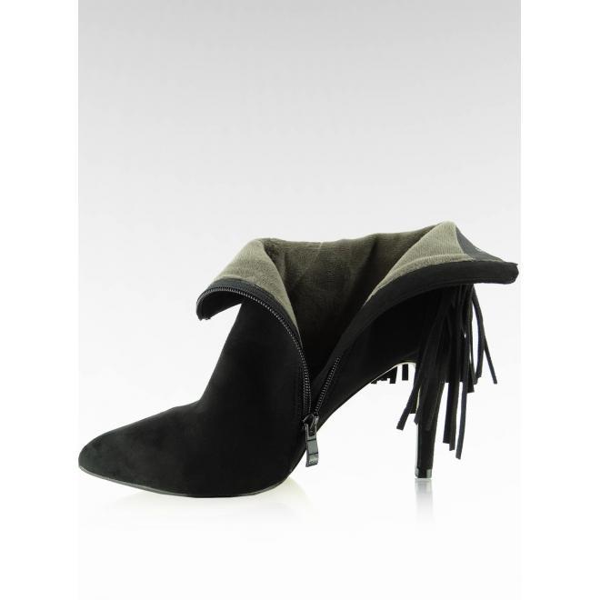 Jesenné dámske poltopánky so strapcami čiernej farby