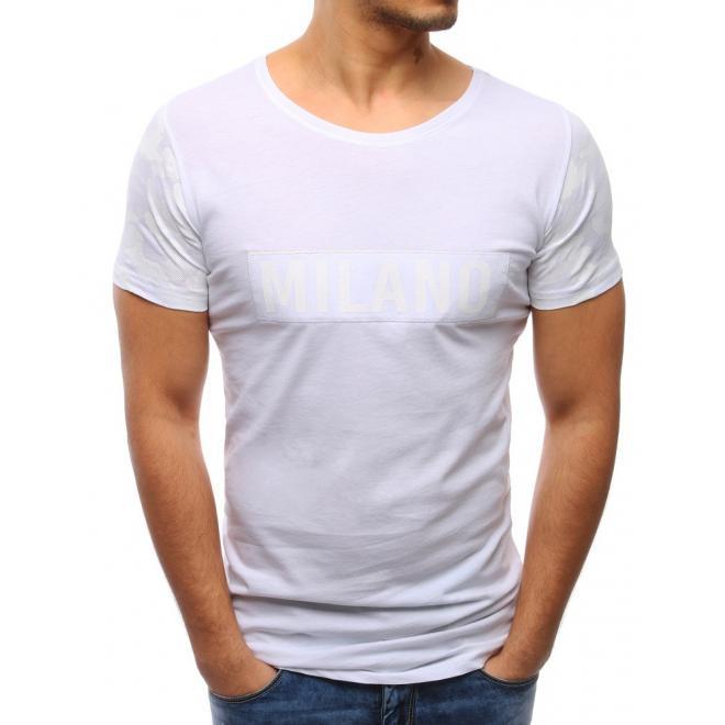 4c934b66d256 Športové pánske tričko s nášivkou v bielej farbe - skvelamoda.sk