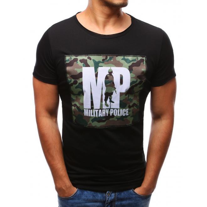 1701e4f0c681 Štýlové pánske tričko s maskáčovou potlačou v čiernej farbe. Bavlnené pánske  tričko s výstrihom v tvare V čiernej farby