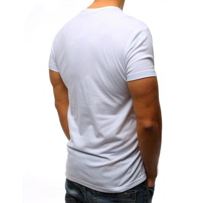 77507b5984c7 Pánske športové tričko s potlačou v bielej farbe - skvelamoda.sk