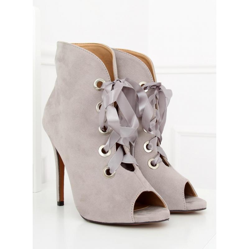 222138ba8b Dámske semišové topánky na podpätku s otvorenou špičkou v sivej ...