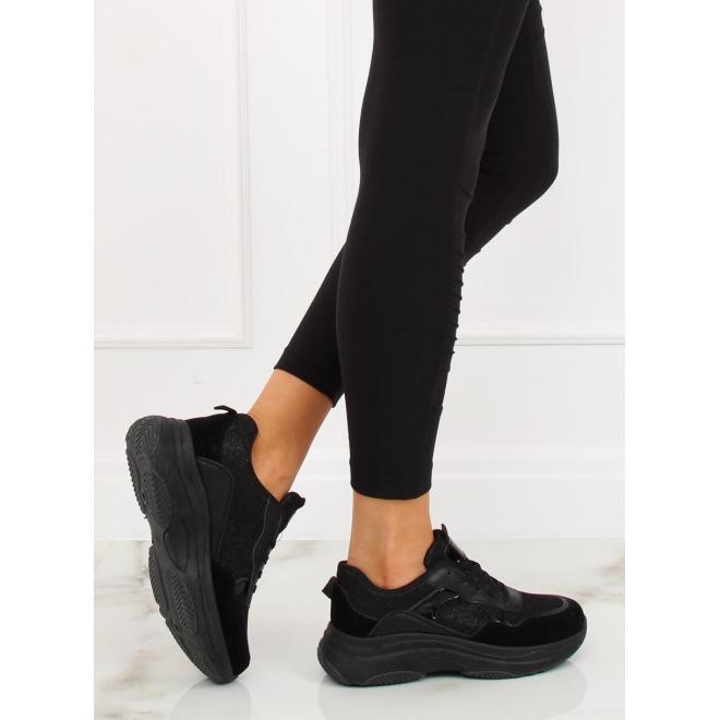 37c32dff42 Dámske športové tenisky v čiernej farbe s vysokou podrážkou ...