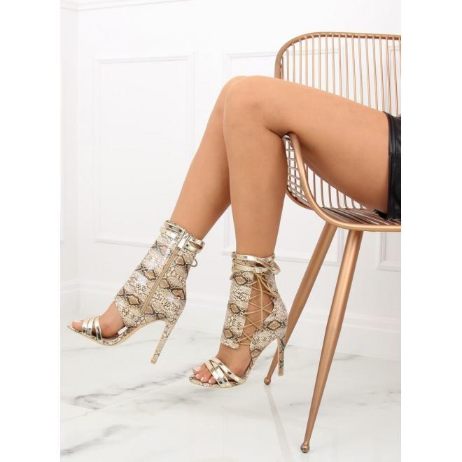 dcb38423fdd8 Štýlové dámske topánky čiernej farby na podpätku s motívom hadej kože ...