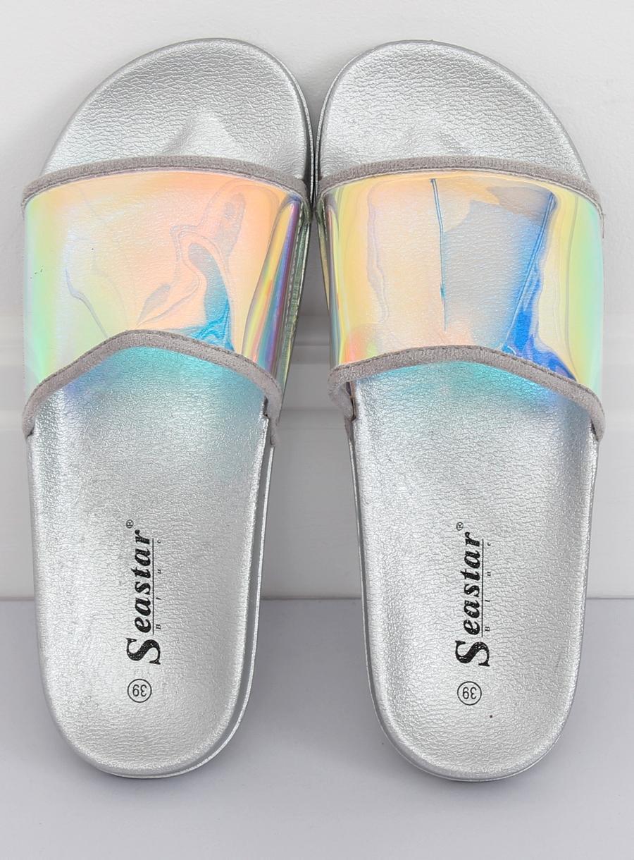 de079d656d380 Dámske gumené šľapky s holografickým pásom v striebornej farbe -  skvelamoda.sk