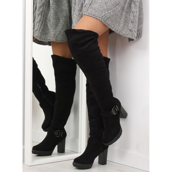 96189beb45db Dámske semišové čižmy nad kolená na opätku v čiernej farbe v zľave ...