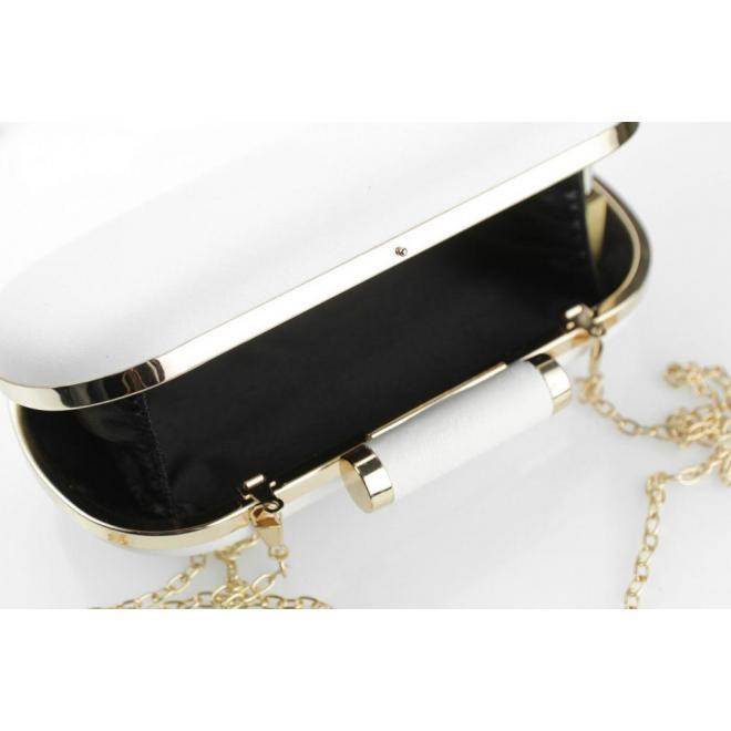 e3accd9bbe Dámska spoločenská kabelka so zlatou retiazkou v bielej farbe ...