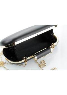 Dámska spoločenská kabelka so zlatou retiazkou v bielej farbe