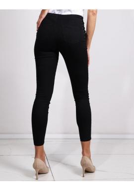 Dámske úzke nohavice s vysokým pásom v čiernej farbe