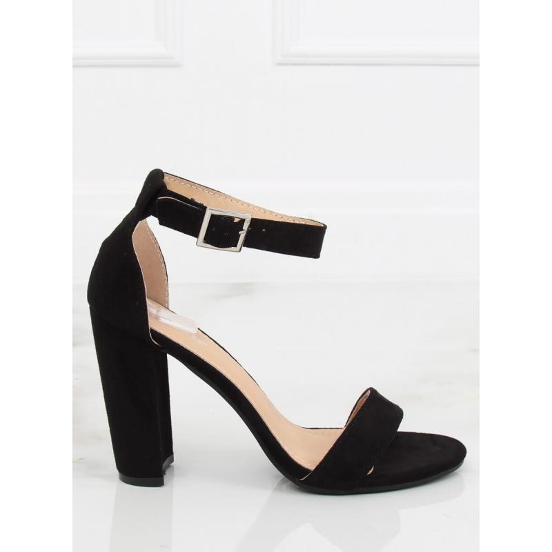 cfcc7d7d5a53 Čierne semišové sandále na stabilnom opätku pre dámy - skvelamoda.sk