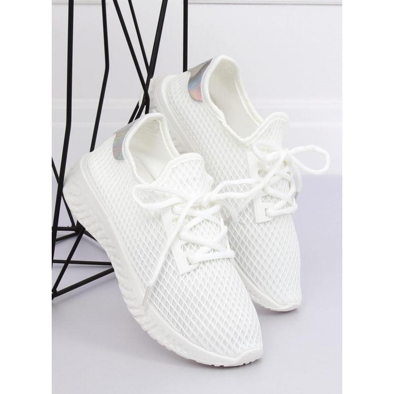 d1ccd0245b7ba Dámske módne tenisky so sieťkou v bielej farbe - skvelamoda.sk