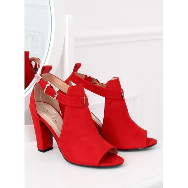 804104b0fd33e Dámske semišové topánky na stabilnom podpätku v červenej farbe ...
