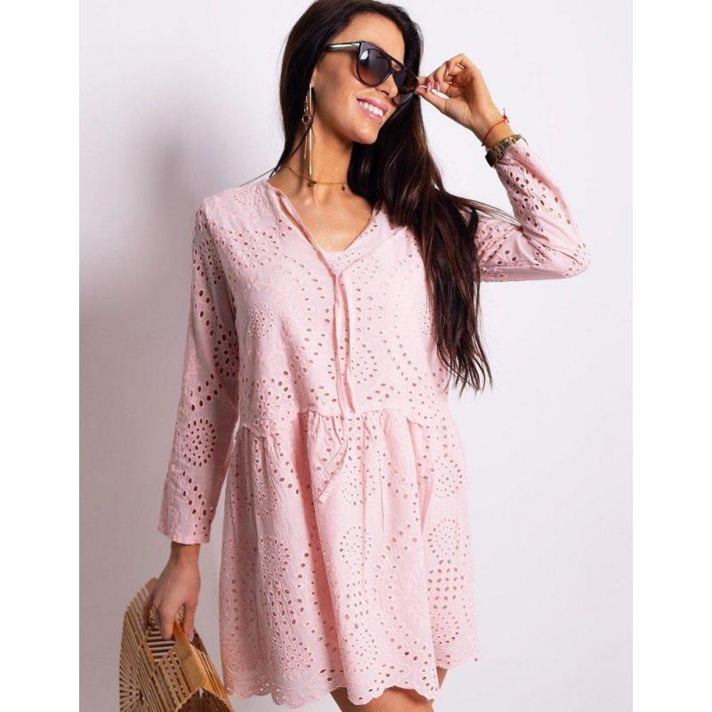 feca68c1fb06 Ružové ažúrové šaty s dlhým rukávom pre dámy vo výpredaji ...