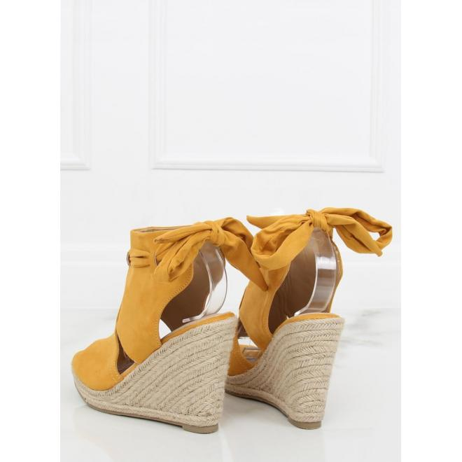 67af5b966 ... Dámske semišové sandále na pletenej platforme v zelenej farbe ...