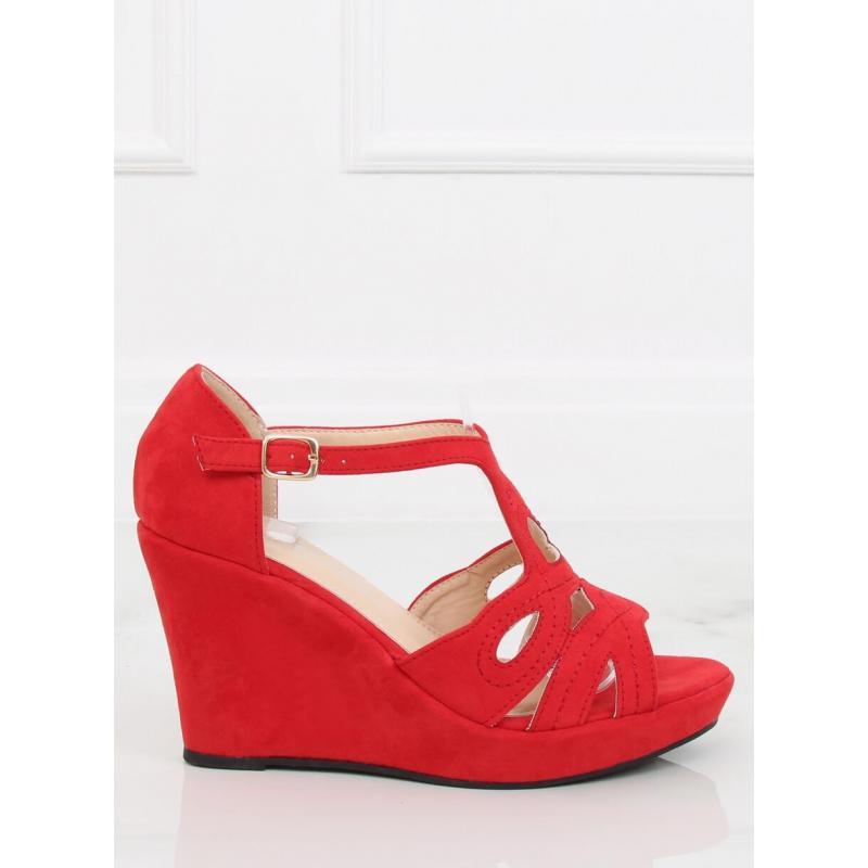 c86f3920a7f4 Červené semišové sandále na platforme pre dámy - skvelamoda.sk