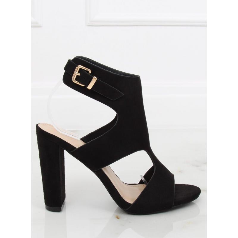 6e289293ea35 Čierne semišové sandále na stabilnom opätku pre dámy - skvelamoda.sk