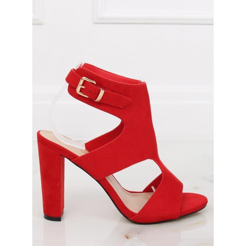 1825a1812 Semišové dámske sandále červenej farby na stabilnom opätku ...