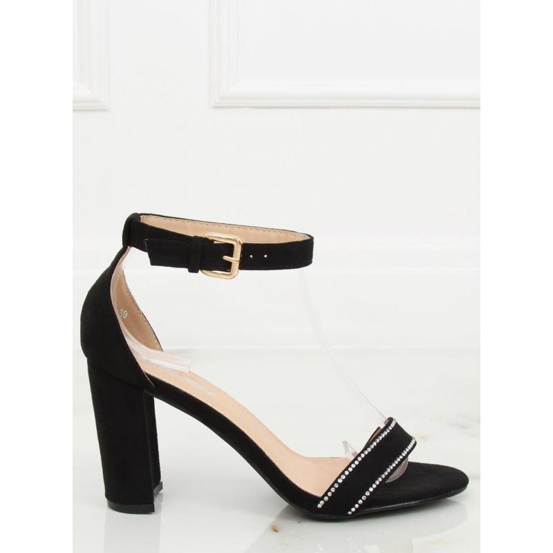 6fb33a109854 Semišové dámske sandále čiernej farby na podpätku - skvelamoda.sk