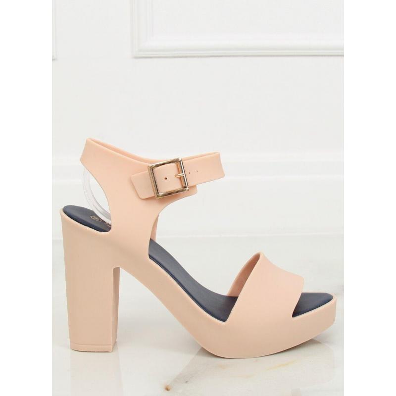80d21b2414a2 Béžové gumené sandále na podpätku pre dámy - skvelamoda.sk