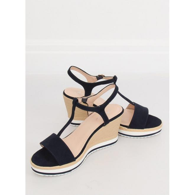 179a69b60e15 Dámske semišové sandále na platforme v tmavomodrej farbe - skvelamoda.sk