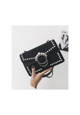 Dámska štýlová kabelka s retiazkou v čiernej farbe