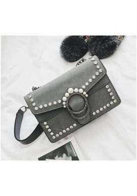 Dámska štýlová kabelka s kryštálmi a perlami v čiernej farbe