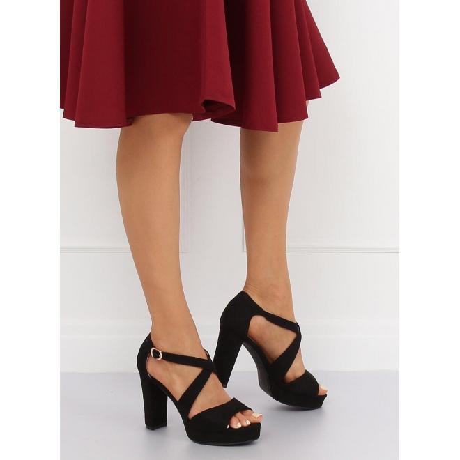 34d560e90ef1f ... Pohodlné dámske sandále žltej farby na bielej podrážke ...