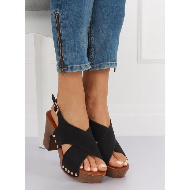 e779ae60f7022 Pohodlné dámske sandále čiernej farby na stabilnom opätku ...