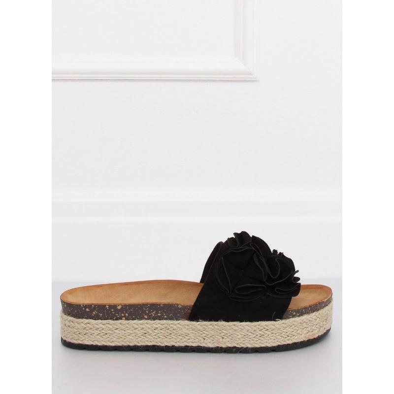 7522272cb9 Kvetované dámske šľapky čiernej farby na vysokej podrážke ...