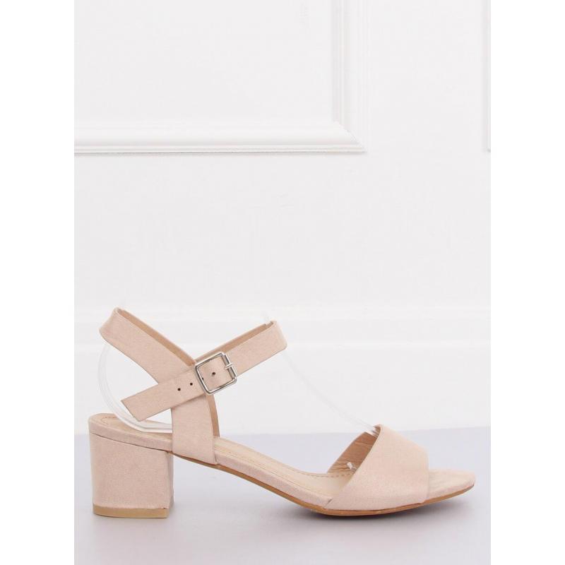 7ac33f764b6a Béžové semišové sandále na nízkom opätku pre dámy - skvelamoda.sk