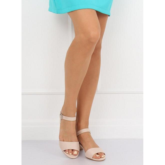 Dámske semišové sandále na nízkom opätku v čiernej farbe