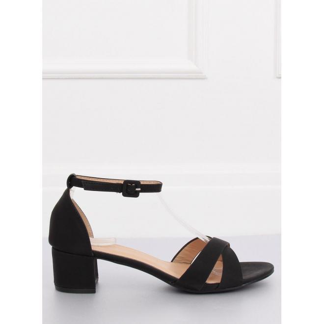 Semišové dámske sandále sivej farby na korkovej podrážke