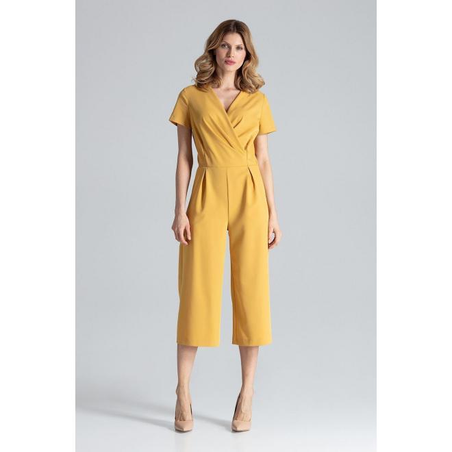 Elegantný dámsky overal hnedej farby so širokými nohavicami
