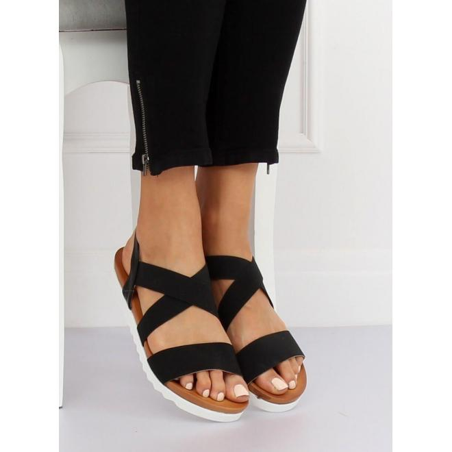 Dámske módne sandále s kvetmi v čiernej farbe