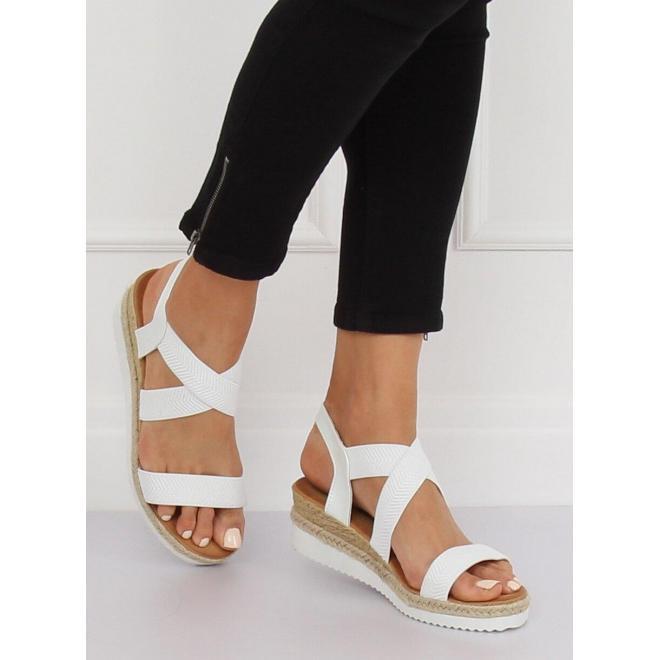Čierne štýlové sandále s metalickými pásikmi pre dámy