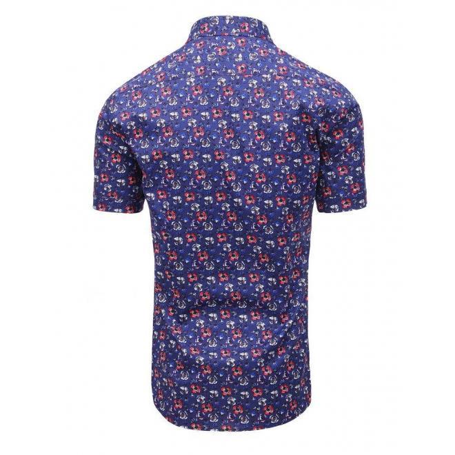 Vzorovaná pánska košeľa tmavomodrej farby s krátkym rukávom