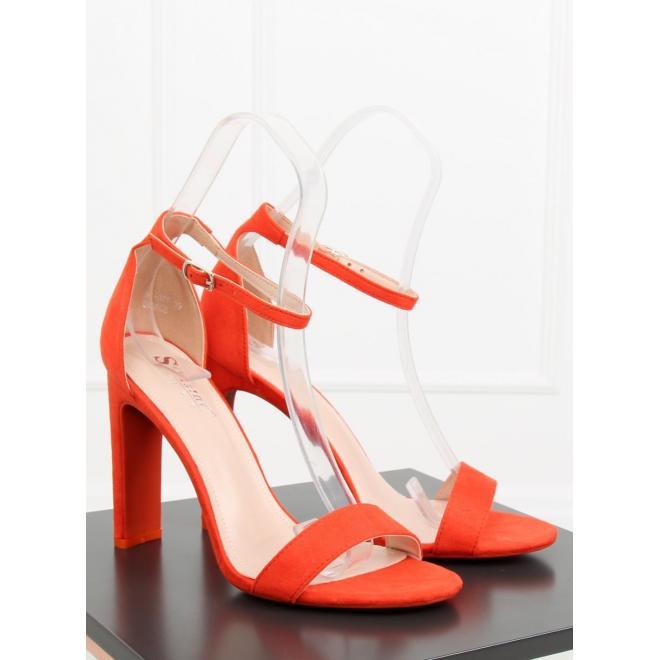 Čierne semišové sandále na stabilnom podpätku pre dámy