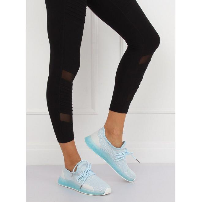 Svetlomodré štýlové tenisky s kontrastnými prvkami pre dámy