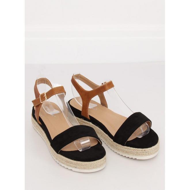 Dámske módne sandále na pletenej podrážke v čiernej farbe