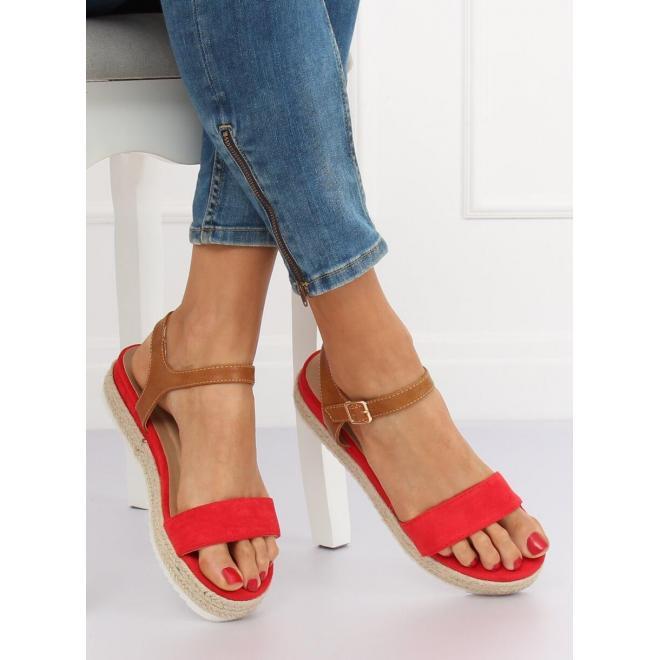 Dámske módne sandále na pletenej podrážke v červenej farbe