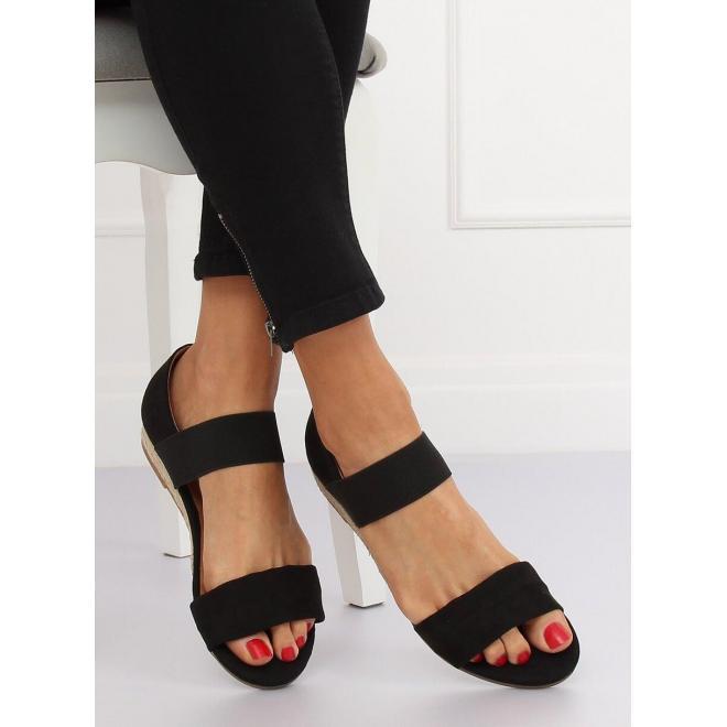 Čierne semišové sandále s jemným vyvýšením pre dámy
