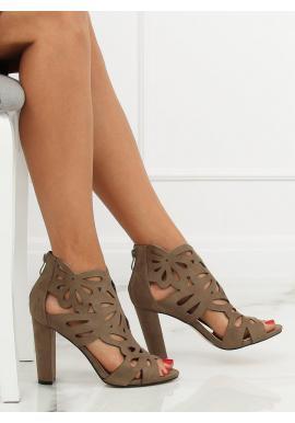Dámske ažúrové topánky na stabilnom podpätku v zelenej farbe