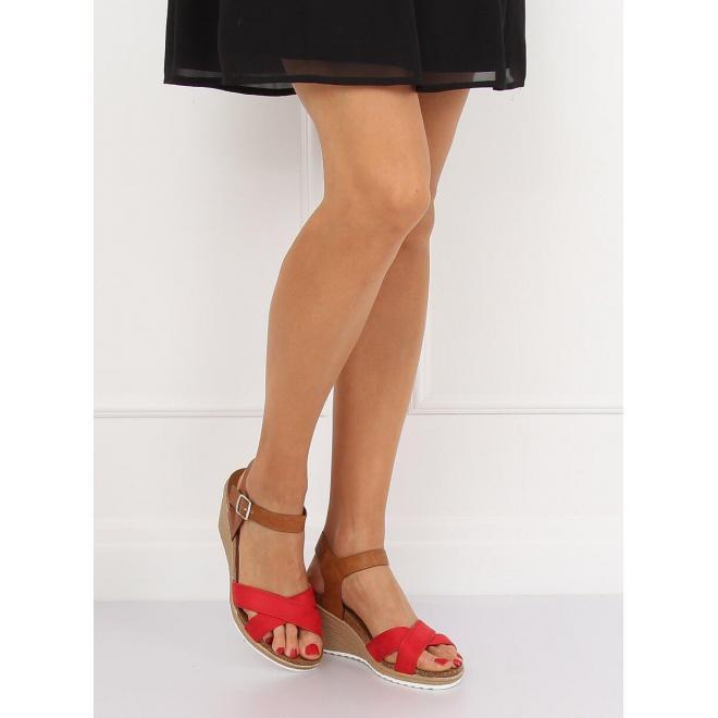 Červené módne sandále na platforme pre dámy