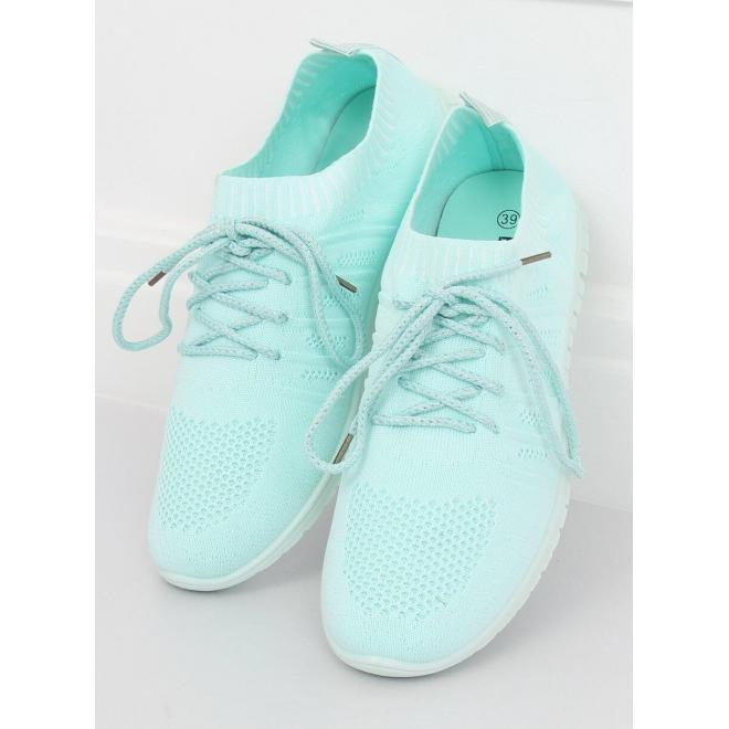 Ľahké dámske tenisky bielej farby