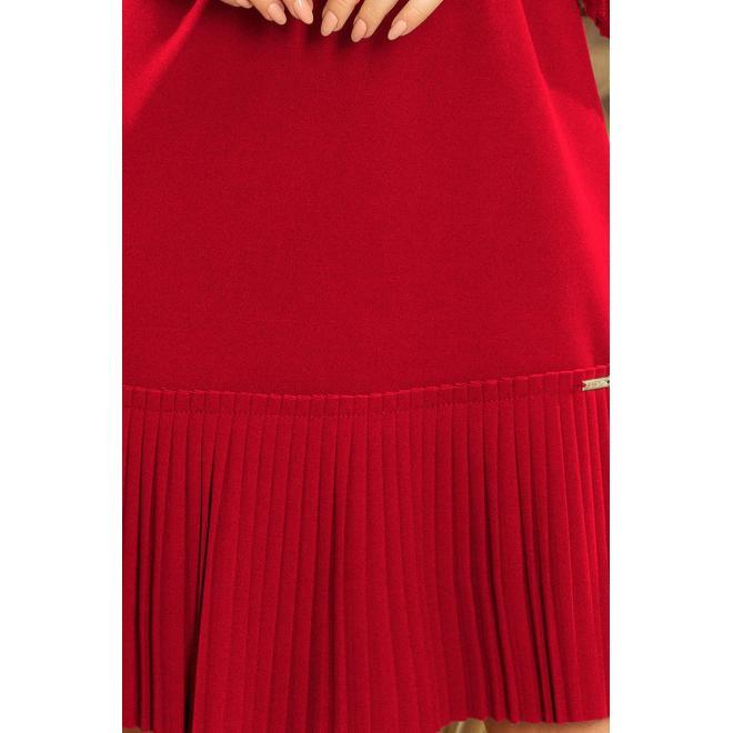 Bordové pohodlné šaty s plisovanými prvkami pre dámy