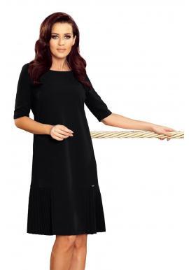 Čierne voľné šaty s plisovanými prvkami pre dámy