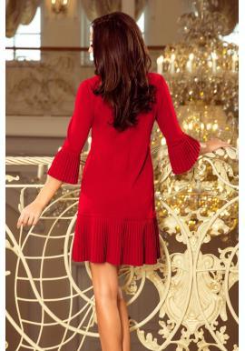 Dámske pohodlné šaty s plisovanými prvkami v červenej farbe