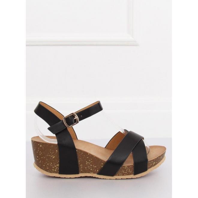 Čierne módne sandále na platforme pre dámy