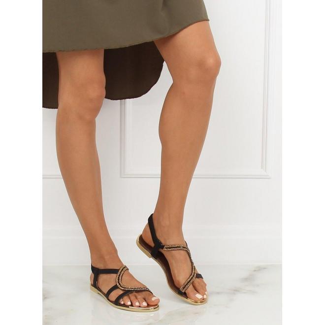 Dámske asymetrické sandále s kamienkami v čiernej farbe
