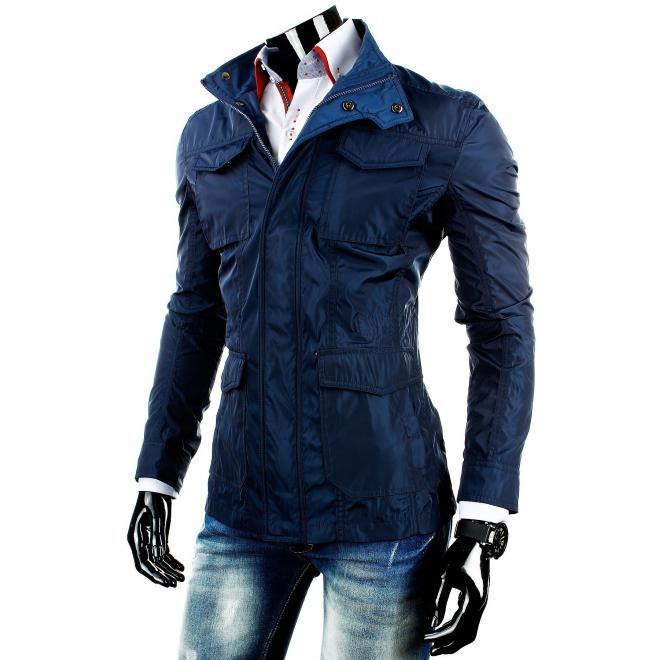 Prechodná pánska bunda tmavomodrej farby s regulovateľným pásom